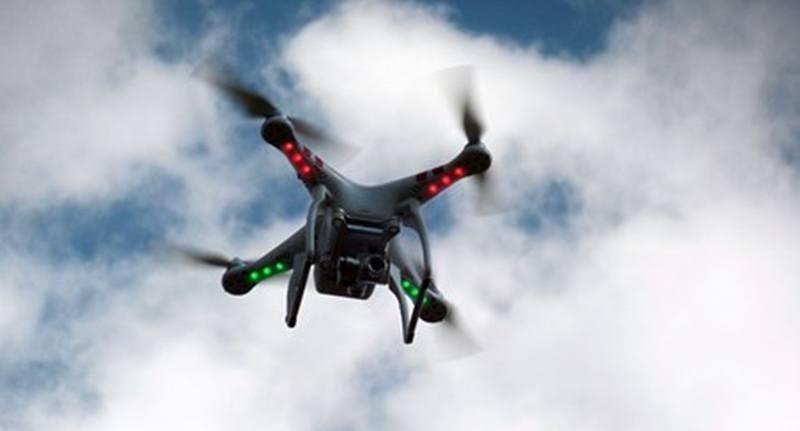 Licencia para volar drones en España