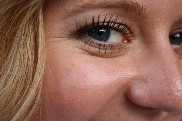 mejor-crema-antiarrugas-mujer-50-anos